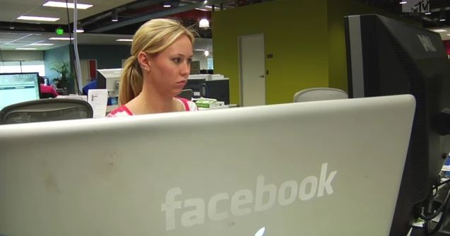 Facebook Hinter Den Kulissen Nils Snakede Den Facebook
